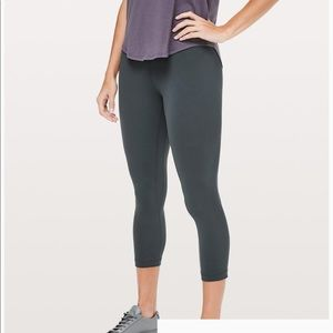 "Lululemon Align Crop Leggings 21"" Melanite Grey"